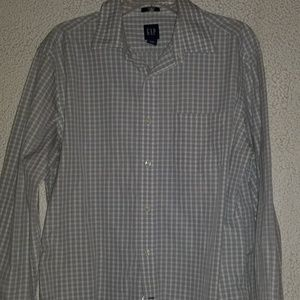 Gap men's spring plaid long sleeve button down
